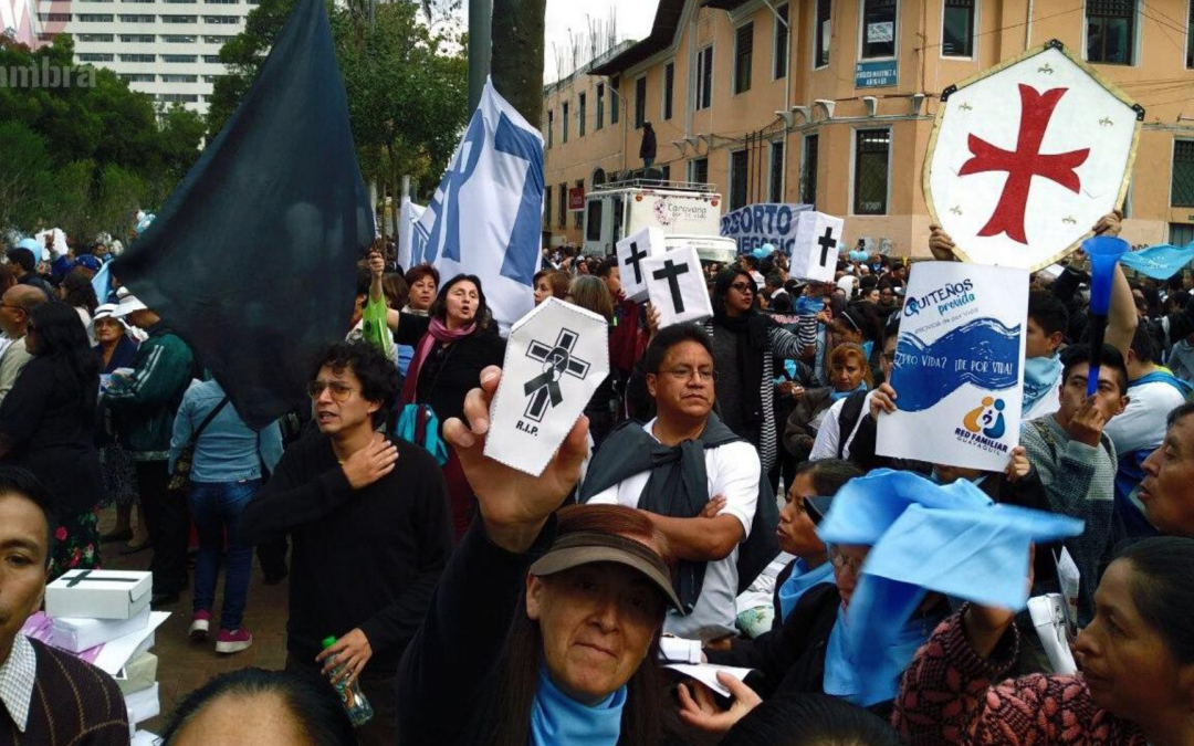 """""""No son provida, son antiderechos"""": Así se activaron grupos ultra conservadores en Ecuador."""